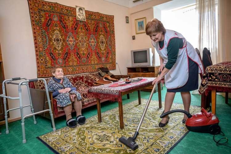 Home care service (SRC, Remo Nägeli)