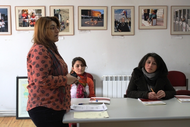 Psychological training for Syrian-Armenian women