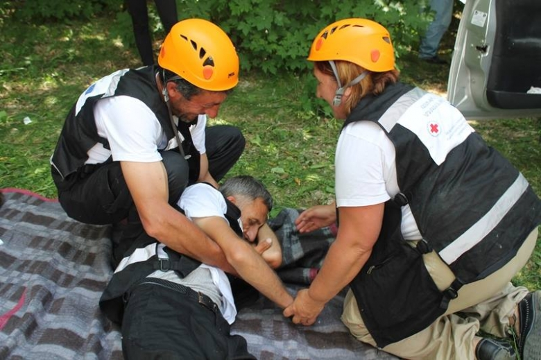 Field simulation - exercise for Community Response Volunteer Teams in Shirak region 24.06.2015
