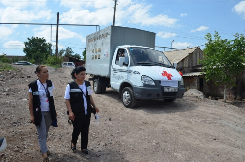 Humanitarian Aid to the families affected by the mudflow on 24 June