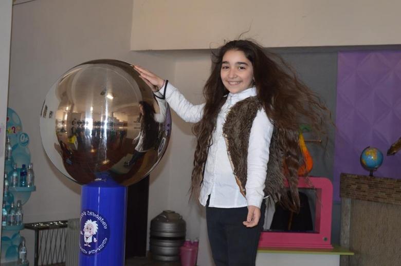 Ժպիտների ակումբը «Փոկրիկ Էինշտեյն» ինտերակտիվ թանգարանում
