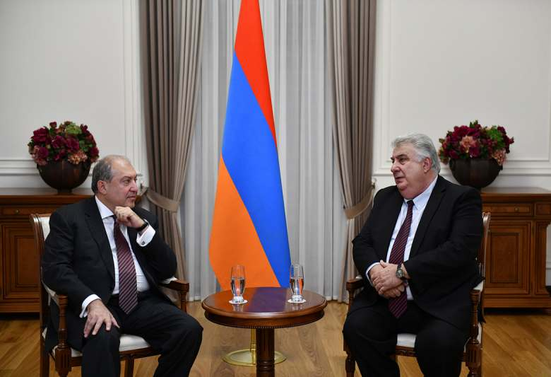 President Armen Sarkissian received the President of the Armenian Red Cross Society Mkhitar Mnatsakanian
