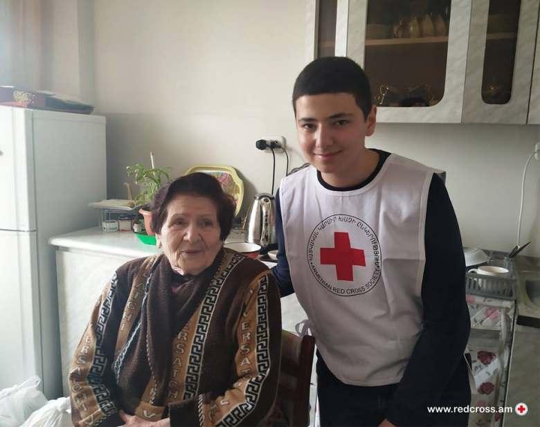 «Կան լավ և յուրահատուկ լավ մարդիկ»․ Ռոզելիա տատիկ