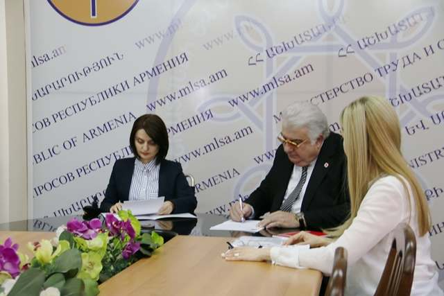 Armenian Red Cross Society will invest AMD 163 millions the Gyumri Group Home for elderly people