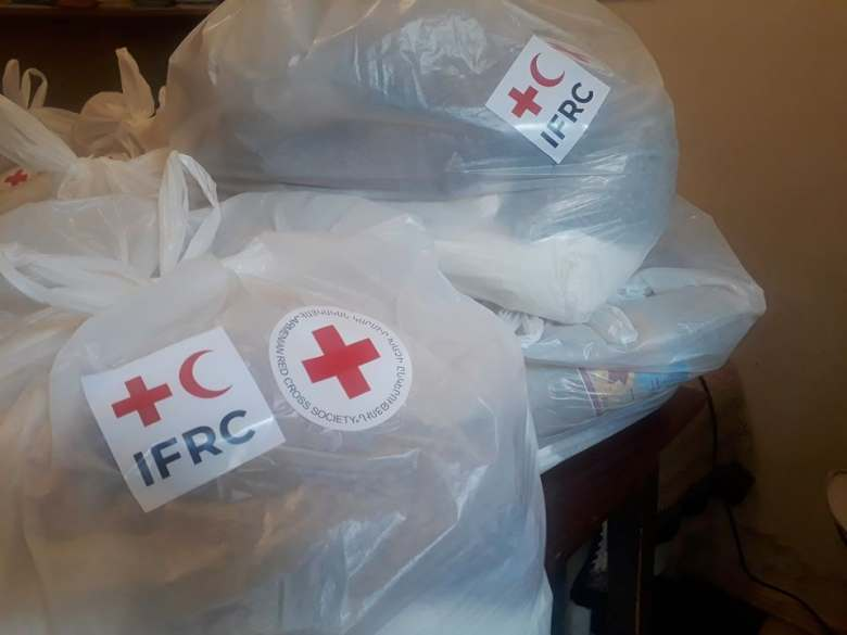 Armenian Red Cross distributed food parcels to 146   instructed to self-isolate people in regions
