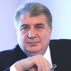 Մխիթար Մնացականյան